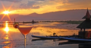 Sundowner am Inle-See